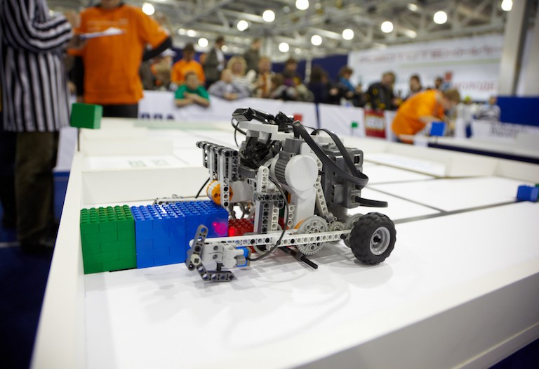 本家ロボコンだけじゃない!全国のユニークなロボット大会をご紹介