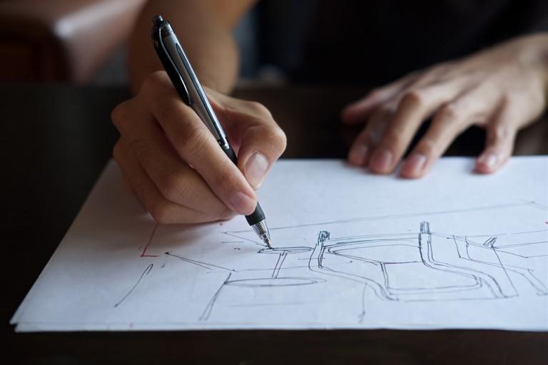フィリップ・スタルクが生み出す造形美。プロダクトに込められた一流デザイナーの想いとは