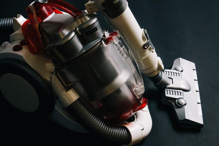 革命は掃除機からはじまった。常識を変え続ける「ダイソン」のイノベーション力を探る